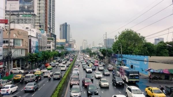 L'orrendo traffico di Bangkok