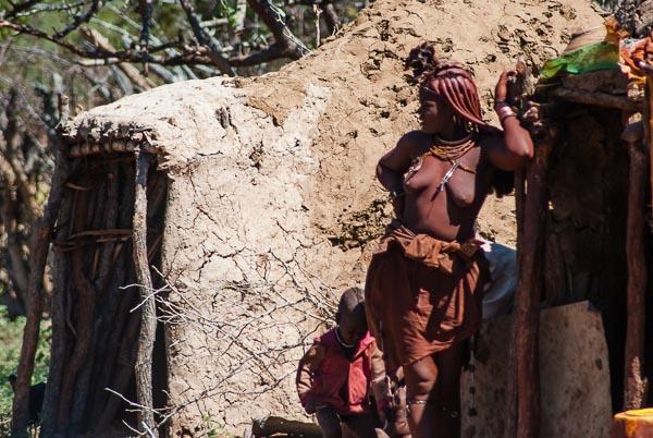 Una ragazza himba, Namibia