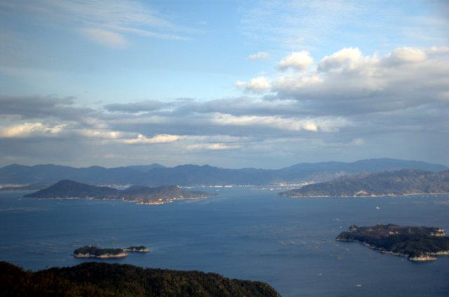 Il Mare interno visto dal monte Misen
