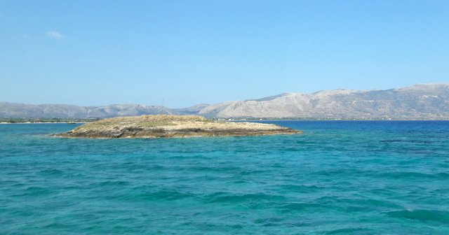Lo scoglio di Pavlopetri, sotto questo mare c'è un'antica città