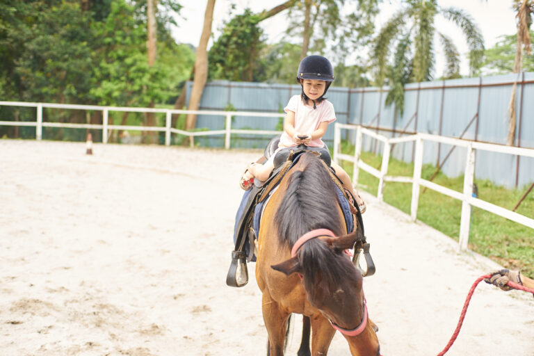 Places to go horseback riding in Orlando with kids