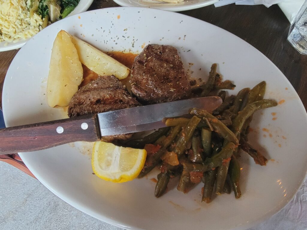 what to eat at taverna opa