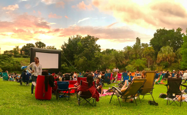 Halloween in Orlando: image of people watching outdoor movie at Leu Gardens