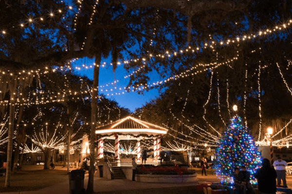 Orlando Christmas lights: image of St. Augustine Night of Lights which is worth the drive from Orlando