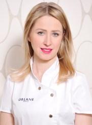 Zuzana Davidová, manicurist