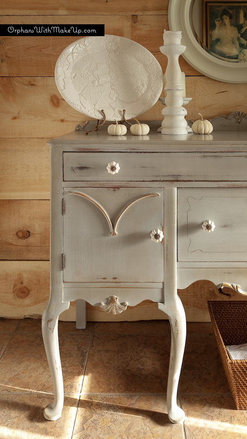 Queen Anne Sideboard Orphans With Makeup