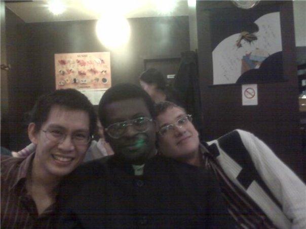 Asiatique, africain, européen, hétérosexuel, bisexuel, homosexuel et amis depuis 30 ans.