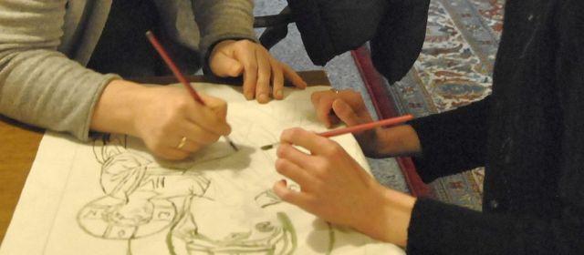 Szkicowanie ikon lewą i prawą ręką oraz portrety w ramie