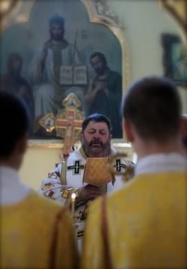 Liturgię celebruje władyka Abel