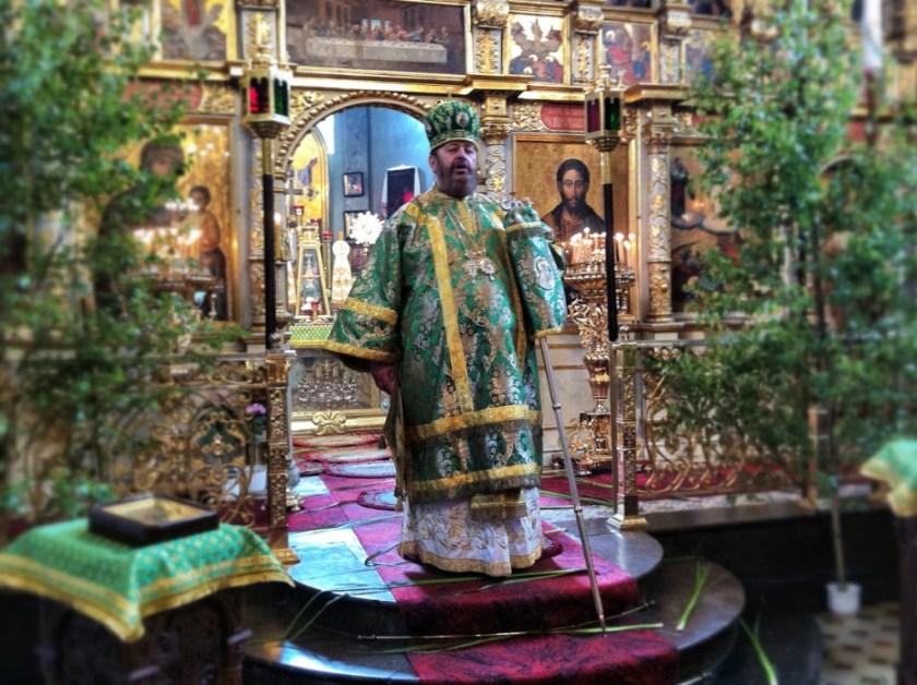 Kazanie na święto Pięćdziesiątnicy głosi władyka Abel