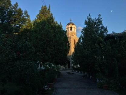 Monasterska cerkiew pw. Zaśnięcia Bogurodzicy o zachodzie