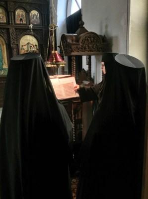 Chór Monasteru Opieki Matki Bożej w Turkowicach