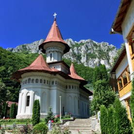 Nowa monasterska cerkiew pw. św. św. Piotra i Pawła w Ramet