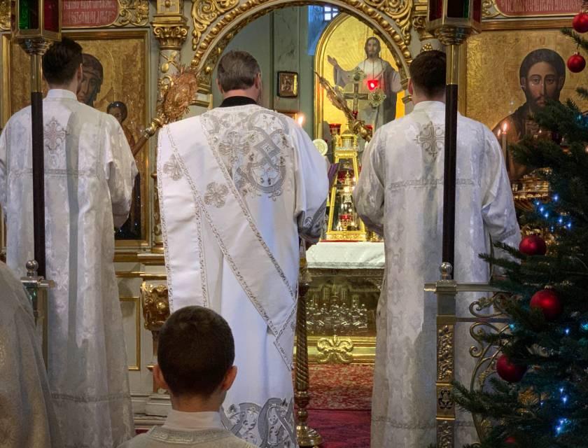 Ewangelię na święto Chrztu Pańskiego czyta ks. protodiakon Marek Waszczuk