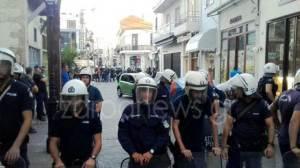 Ρέθυμνο: Τα ΜΑΤ απέκλεισαν την παλιά πόλη για να προστατευθεί δικαστικός επιμελητής Ρέθυμνο: Τα ΜΑΤ απέκλεισαν την παλιά πόλη για να προστατευθεί δικαστικός επιμελητής