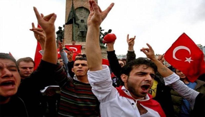 Θράκη - Κομοτηνή: Οι «Γκρίζοι Λύκοι» απειλούν με δολοφονίες και βιασμούς