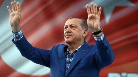 """Εκλογές στην Τουρκία: Οι Κούρδοι """"έκαψαν"""" τον Ερντογάν στην Πόλη"""