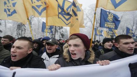 Πολεμικές προετοιμασίες από Ρωσία και Ουκρανία