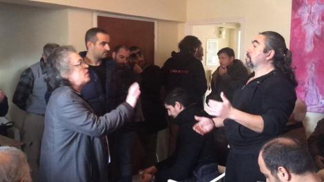 Τα «άκουσε» η βουλευτής του ΣΥΡΙΖΑ στην Κεφαλονιά: Μας ρωτήσατε για τη Μακεδονία προδότες;