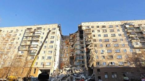 Ρωσία: Zωντανό στα συντρίμμια της πολυκατοικίας βρέφος δέκα μηνών