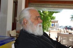 Εκοιμήθη ο π. Σπυρίδων Σταθάκης, ο παλαιότερος ιερέας της Μητροπόλεως Ύδρας Σπετσών και Αιγίνης