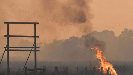 Μαίνονται μεγάλες δασικές πυρκαγιές στο νότιο τμήμα της Αυστραλίας