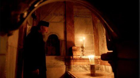 «Γιατί μου αφήρεσες την μερίδα μου;» - Το όνειρο του Αγιοταφίτη μοναχού για τους κεκοιμημένους γονείς του