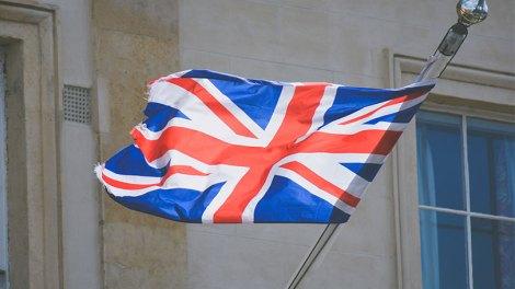 Η Λευκωσία εγκαλεί το Λονδίνο για κυπριακή ΑΟΖ