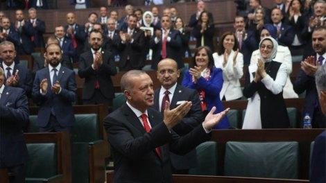 Τουρκία: «Πράσινο φως» και από τη Βουλή για στρατιωτικές επιχειρήσεις σε Συρία και βόρειο Ιράκ