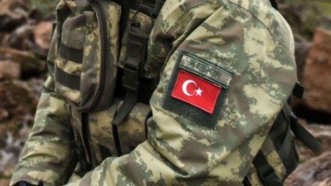Κόσμος | Τούρκοι μισθοφόροι εκτέλεσαν, βίασαν και σκύλευσαν πλήρωμα ασθενοφόρου