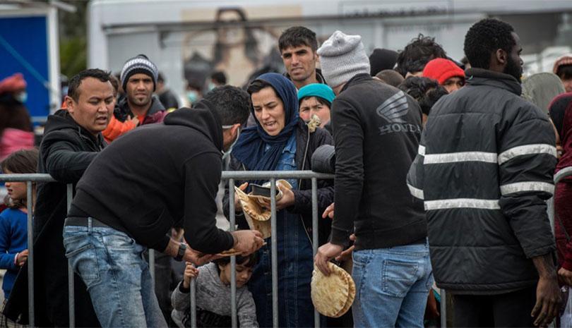 Μυτιλήνη: Επεισόδια στο λιμάνι με μετανάστες που ζητούν να φύγουν με το πλοίο