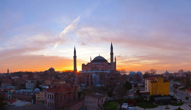 Τουρκία: Μπαράζ προκλητικών δηλώσεων για την Αγία Σοφία - Τι μέλλει γενέσθαι