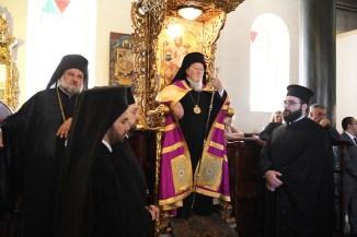 o-oikoumenikos-patriarxis-gia-tin-epanaleitourgia-tis-theologikis-sxolis-tis-xalkis (10)