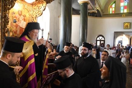 o-oikoumenikos-patriarxis-gia-tin-epanaleitourgia-tis-theologikis-sxolis-tis-xalkis (7)