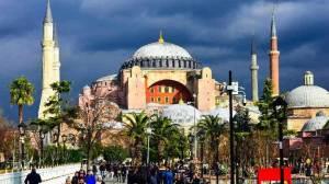 πατήρ Γεώργιος Μεντιδάκης : Τη φωνή της Αγιάς Σοφιάς δεν μπορεί να τη σβήσει κανείς