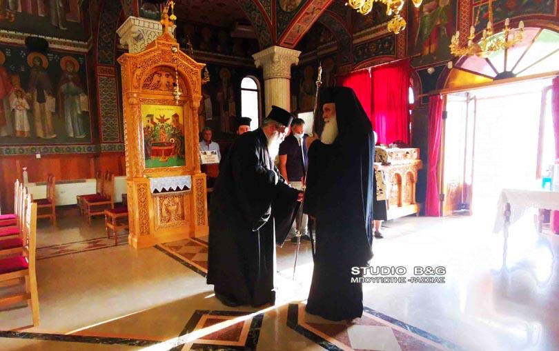 Ναύπλιο : Ο Αργολίδος Νεκτάριος στην πρώτη παράκληση στην Θεοτόκο στην Ευαγγελίστρια | ΕΚΚΛΗΣΙΑ | Ορθοδοξία | orthodoxia.online | Ναύπλιο |  Ευαγγελίστρια |  ΕΚΚΛΗΣΙΑ | Ορθοδοξία | orthodoxia.online