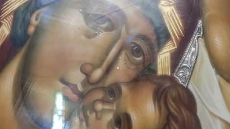 Γιάννης Καλλιάνος: Προσκύνησα την δακρυσμένη εδώ και 3 ημέρες εικόνα της Παναγίας
