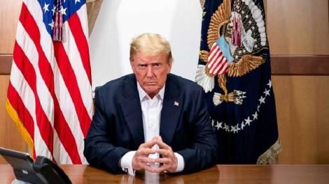 Απανωτά χτυπήματα δέχεται ο Ντόναλντ Τραμπ