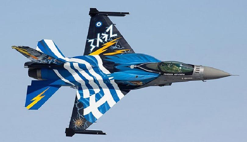 25η Μαρτίου: Το μήνυμα του Έλληνα πιλότου της ομάδας «Ζευς»