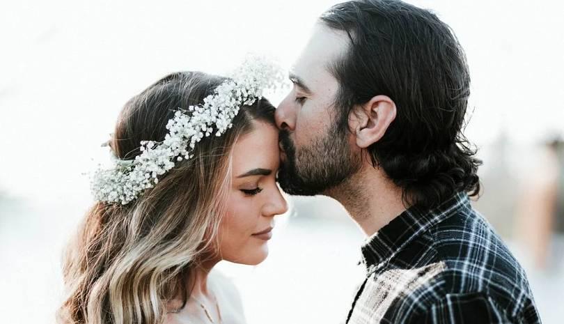 Μη δέχεστε παρεμβάσεις στο γάμο σας