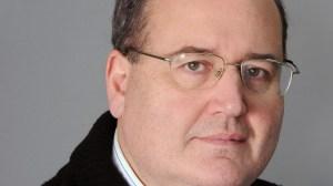 Ο πρώην υπουργός Παιδείας Νίκος Φίλης για Εκκλησία, Σύνταγμα και μισθοδοσία ιερέων