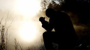 Η προσευχή που γίνεται «με πόνο και αγάπη» γκρεμίζει κάθε εμπόδιο