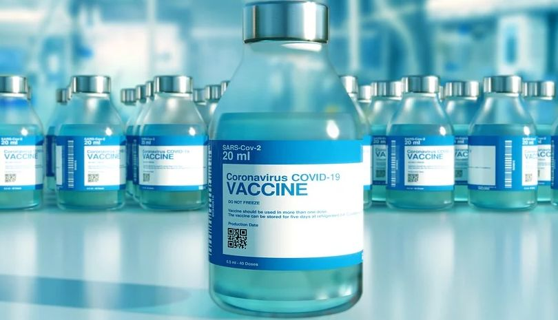 Υπουργείο Υγείας : Στην εργασία τους οι ανεμβολίαστοι υγειονομικοί που θα κάνουν την πρώτη δόση του εμβολίου