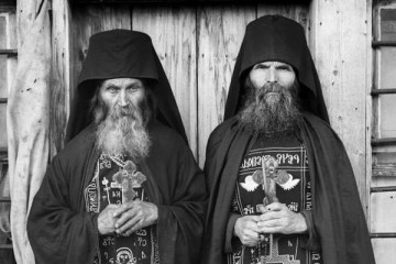 Two old Orthodox great schema monks