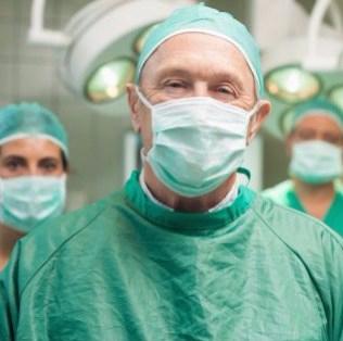 http-i.huffpost.comgen1399270imagesn-DOCTORS-SURGEONS-628×314
