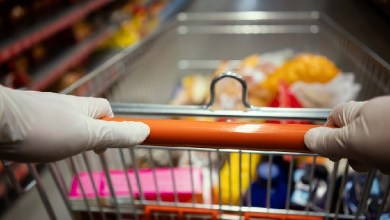 Photo of Spreading coronavirus? Why wearing gloves to supermarket isn't helping