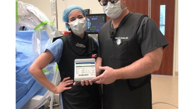 Photo of Orthopaedic Spine Surgeon, Dr. Jeffrey Carlson, Implants First MRI-Compatible Spinal Cord Stimulator to include the Proprietary FAST Therapy Algorithm on the Peninsula