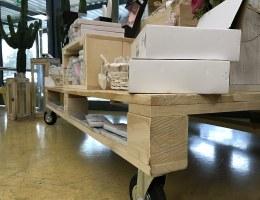 """Bancale espositore con ruote, per il negozio """"Euroverdebio"""" di Carugate (MI)"""