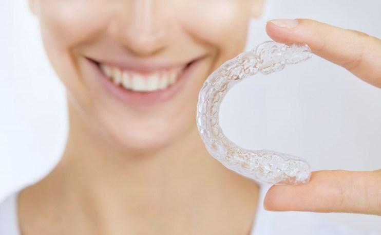Cómo funciona la ortodoncia invisible