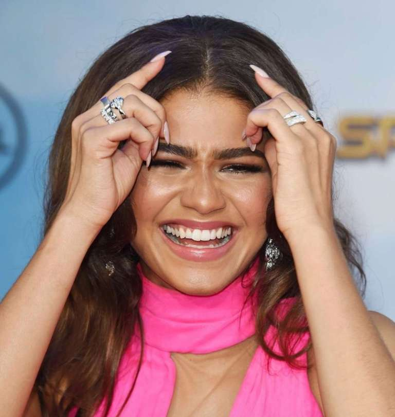 Zendaya Coleman pokazuje swój hollywood smile